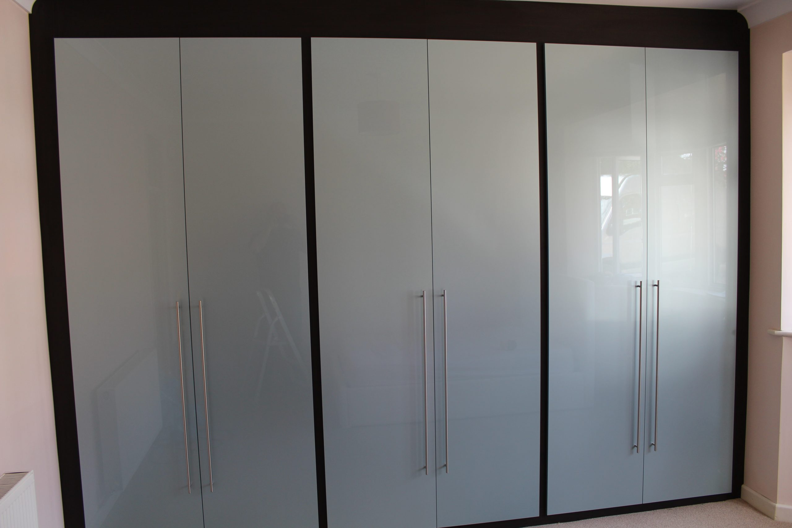 Blue-Gloss-Wardrobes-Hadleigh-Essex Discount offers with Affordable finance plans