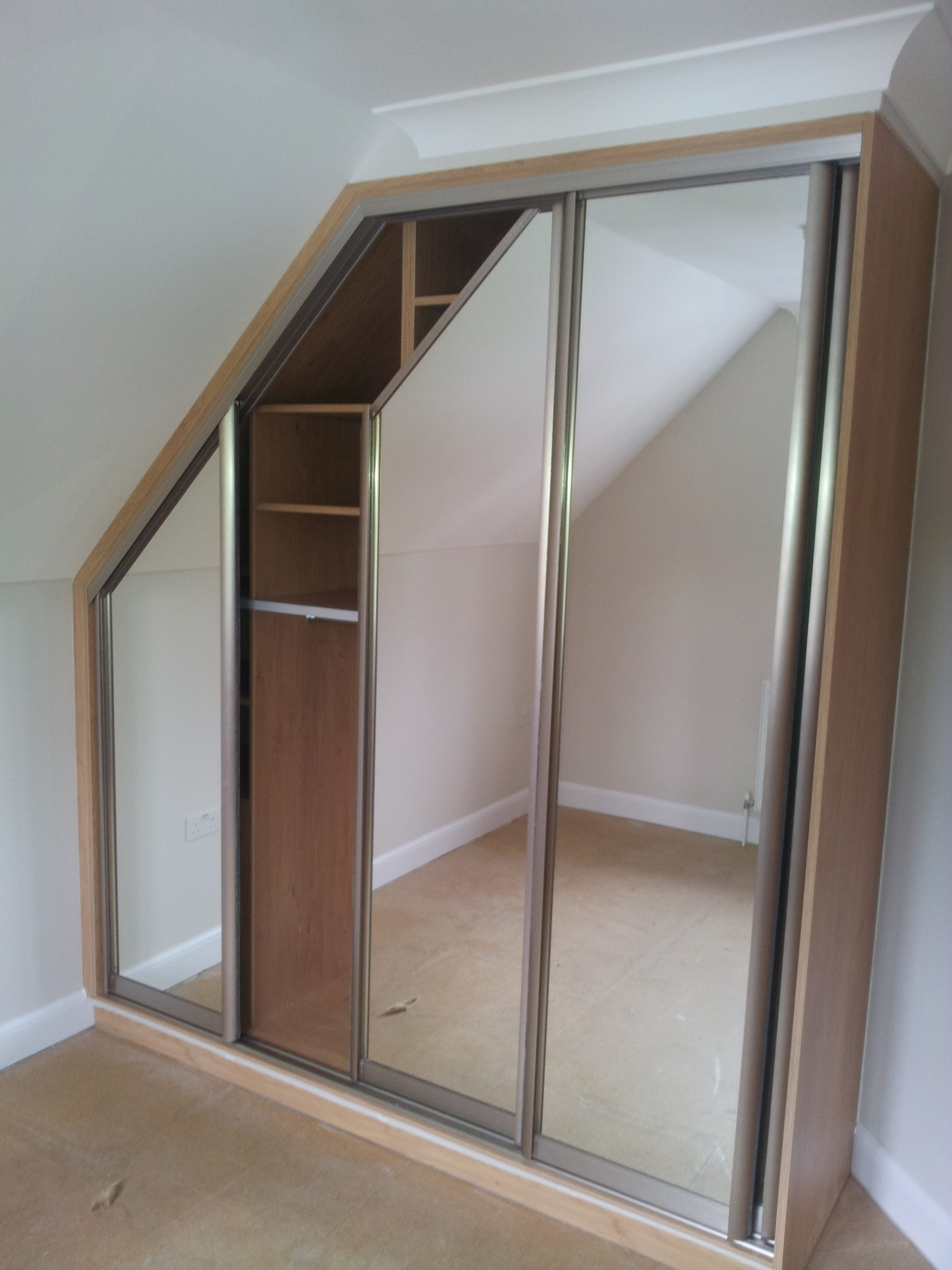 custom-made-wardrobes Sliding Wardrobes